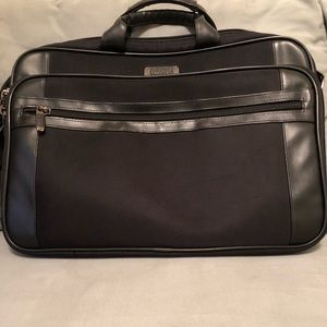 "Kenneth cole 17"" laptop bag"